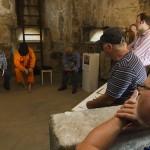 Mehmet Desde liest aus seinem Buch 'Folter und Haft in der Türkei' (1)